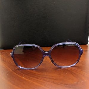 Foster Grant purple frame sunglasses